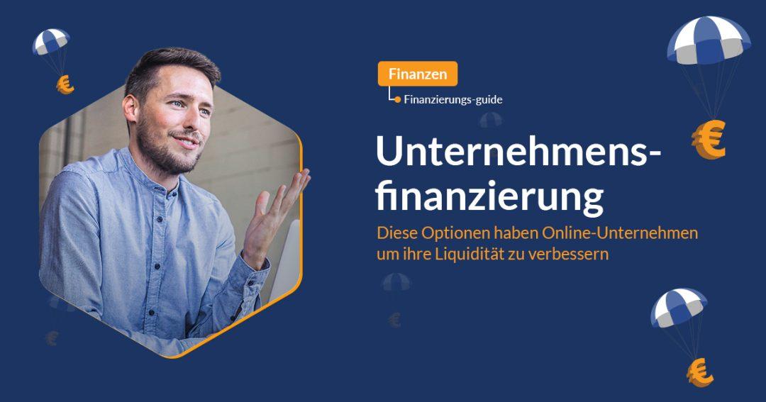 Unternehmensfinanzierung mit Mann der lächelt